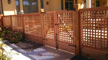 custom redwood fence in middletown ca